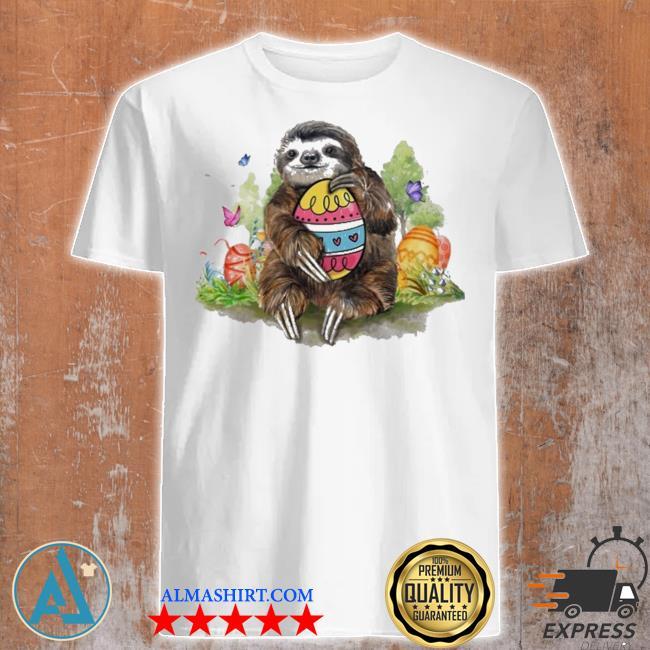 Sloth hug egg shirt