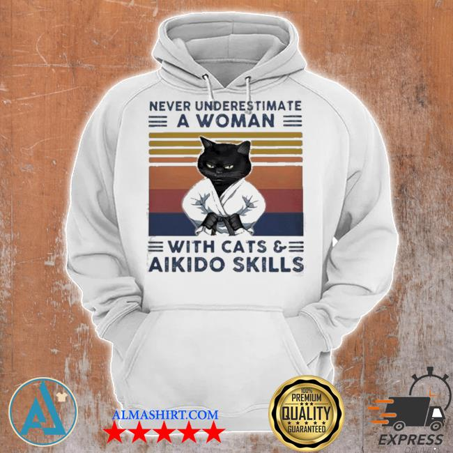 Black cat never underestimate a woman with cats and aikido skills vintage s Unisex Hoodie