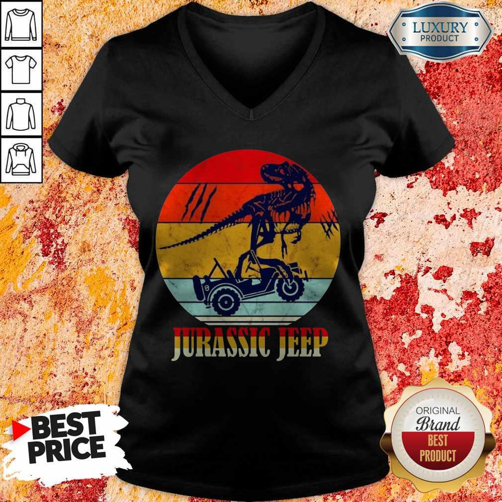 Nice Jurassic Jeep Vintage Halloween V-neck
