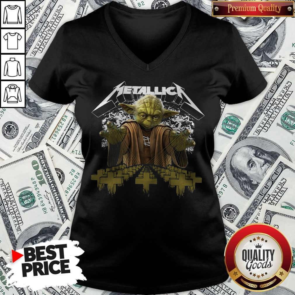 Premium Master Yoda Metallica V-neck