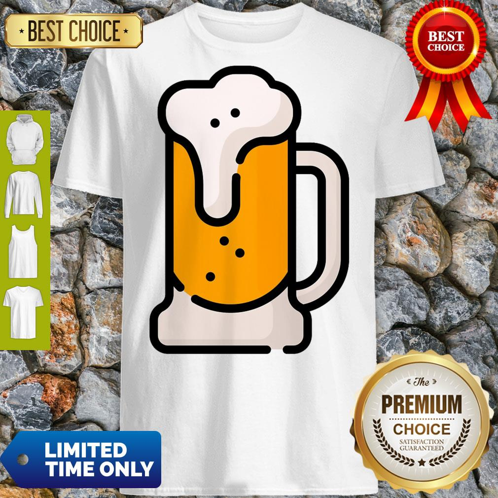 Beer Mug Pint Glass Alcohol Drink Drinks Pub Bar Party Drinking Beverage Cocktail Liquor Oktoberfest Cartoon Art Graphic T-shirt Classique