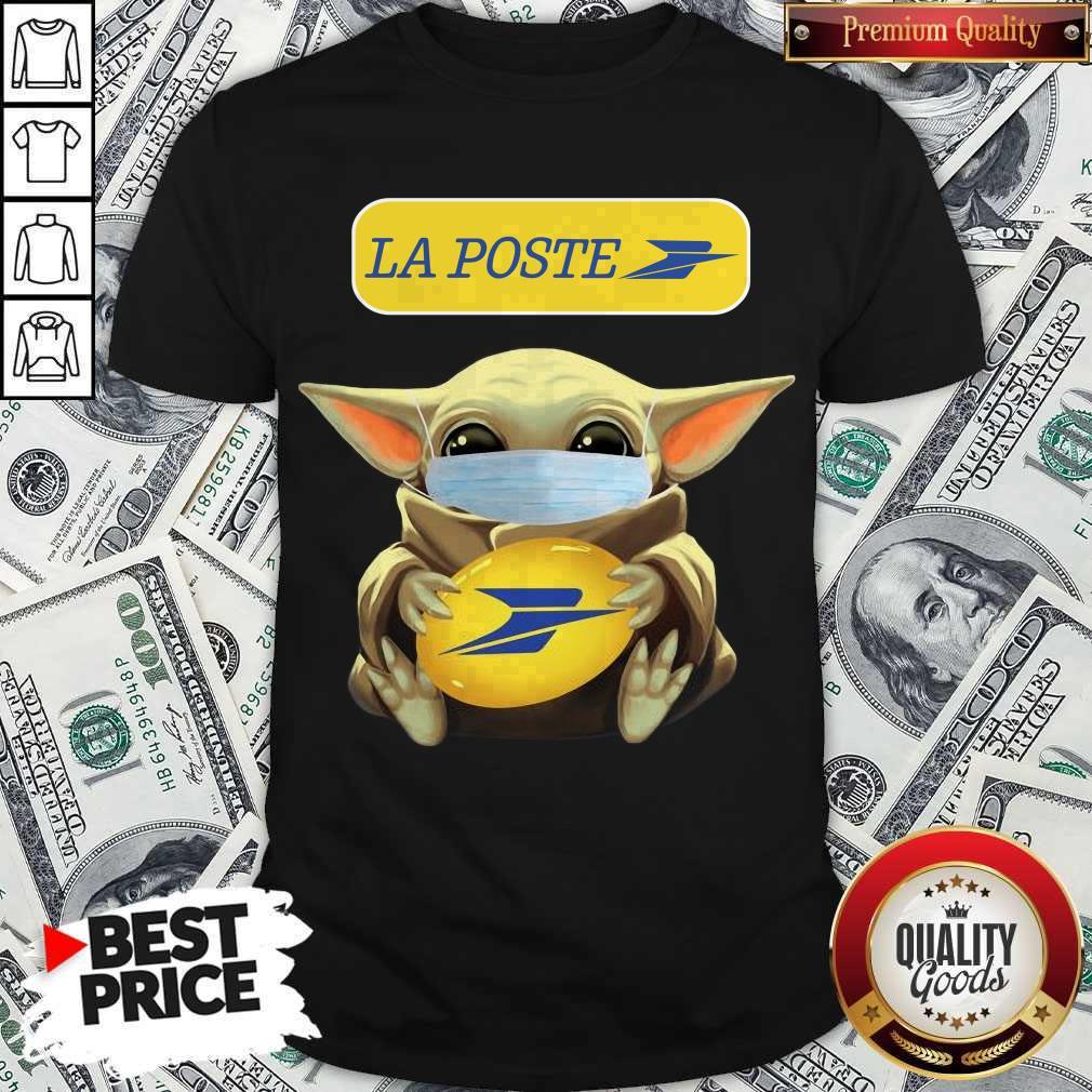 Top Baby Yoda Face Mask Hug La Poste Shirt