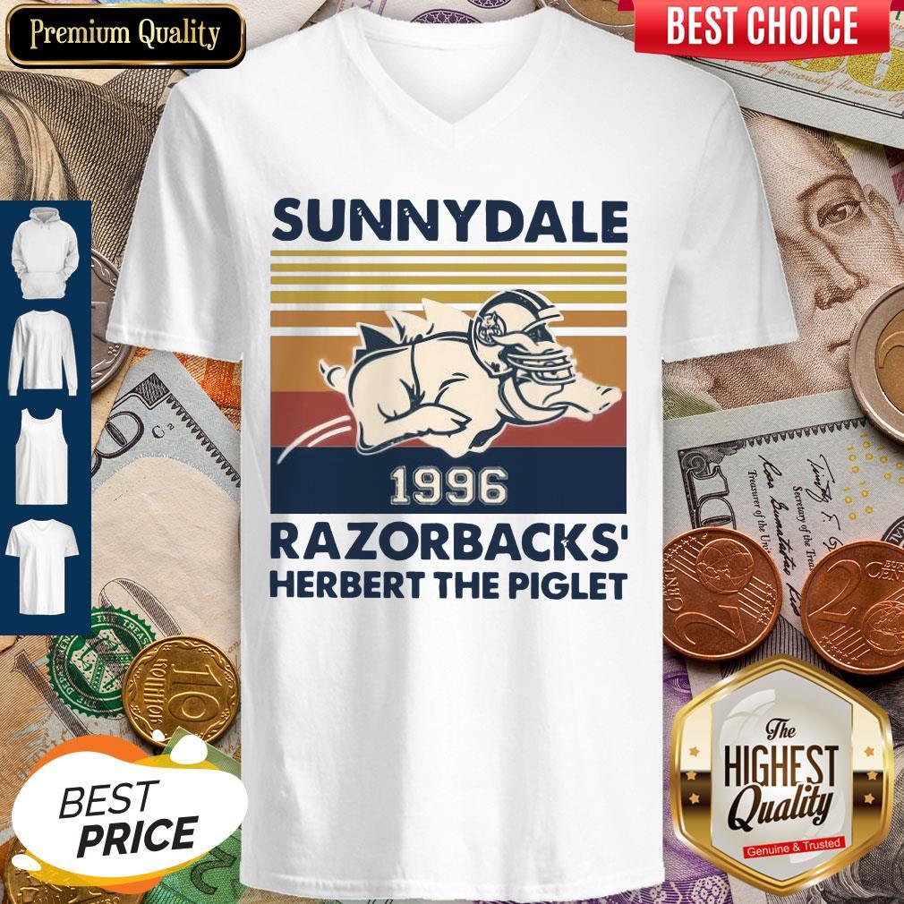 Top Sunnydale 1996 Razorbacks Herbert The Piglet Vintage V-neck